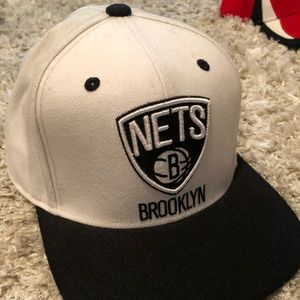Brooklyn Nets Adidas SnapBack hat GREAT CONDITION